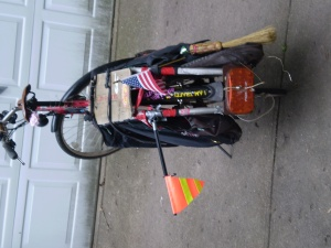 sidewasy lights and flags xtracycle